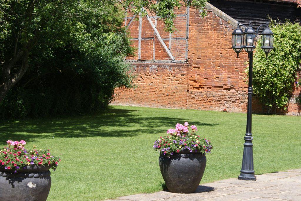 Barn wall garden