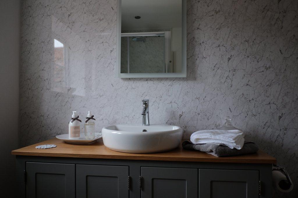 Bathroom of Bridal Suite at Wedding Venue Essex
